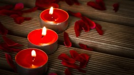candles-1714800_1280