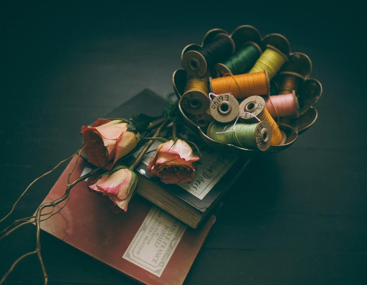 books-1851123_1280